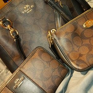3 piece coach set
